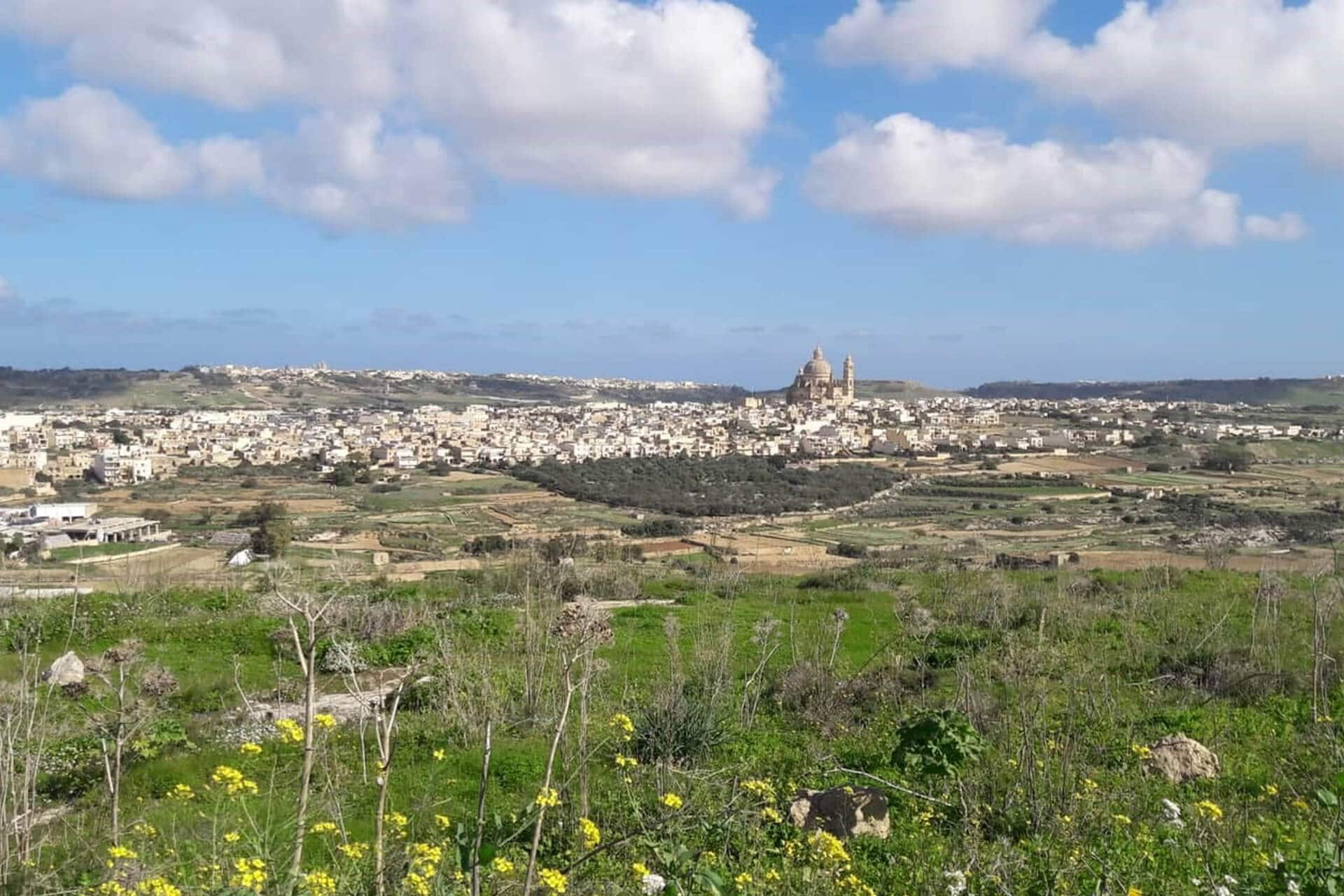Vivre à Gozo : une alternative à Malte