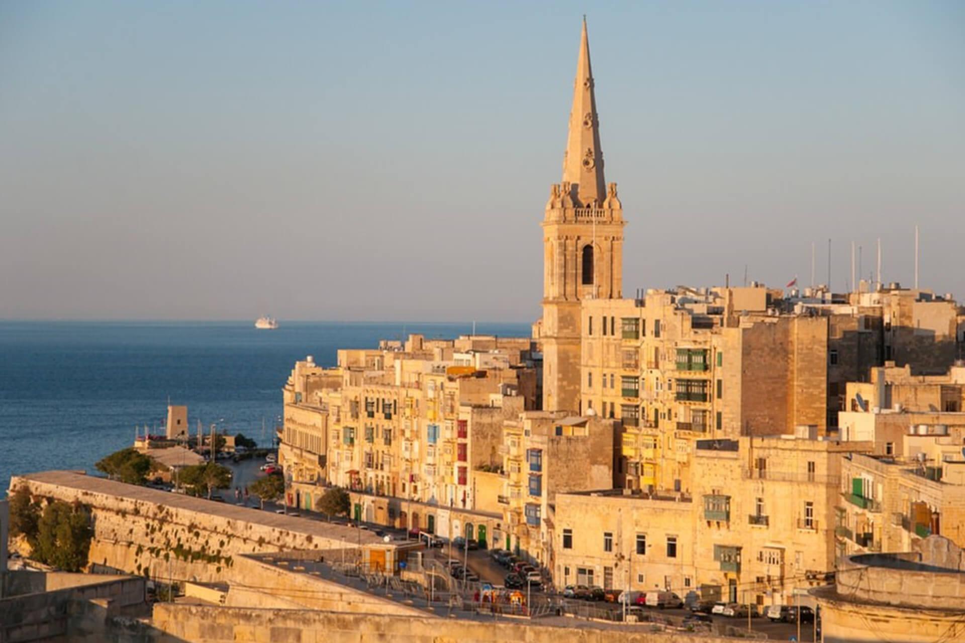 Comment j'ai trouvé mon travail à Malte : témoignage de Fabien