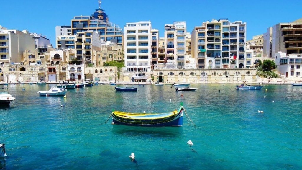 Eau turquoise Spinola Bay, Saint Julian's