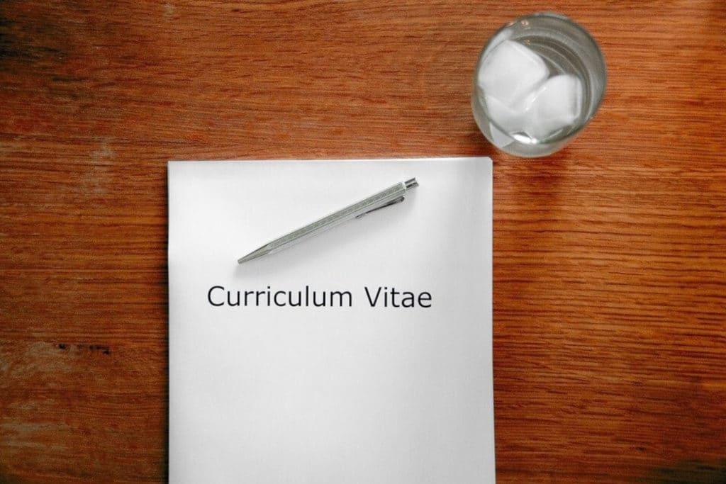 Savoir valoriser un séjour linguistique sur son CV, les bonnes pratiques