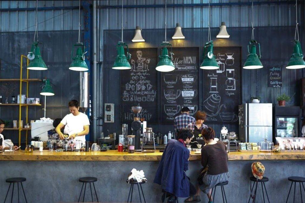 bar dans un café