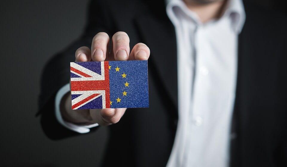 drapeaux du royaume uni et de l'europe
