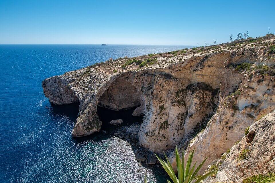 vue sur Blue Grotto à Malte