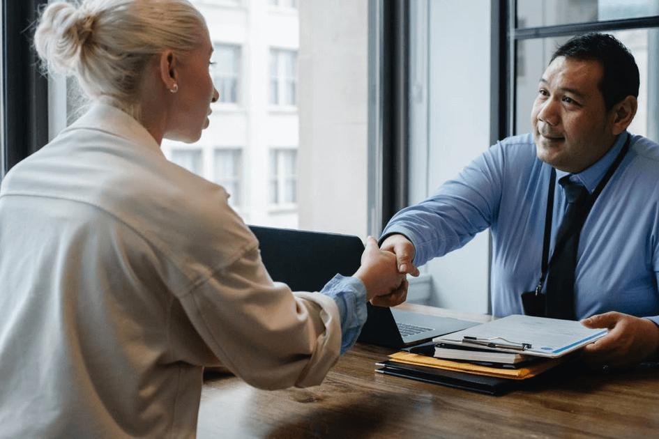 accord passé entre deux personnes au travail
